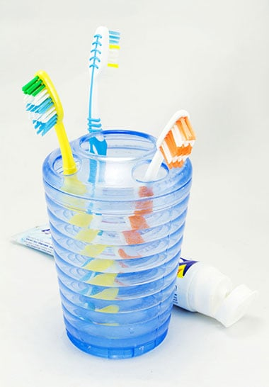 Learn The Best Way To Store Your Toothbrush Hygienically