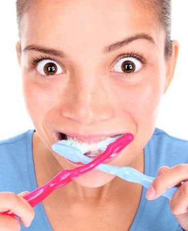 What's the best length of time for me to brush my teeth for?